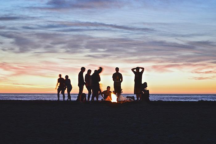 Fiesta en la playa en Ibiza