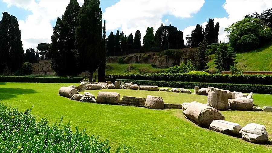 jardines de las termas de roma