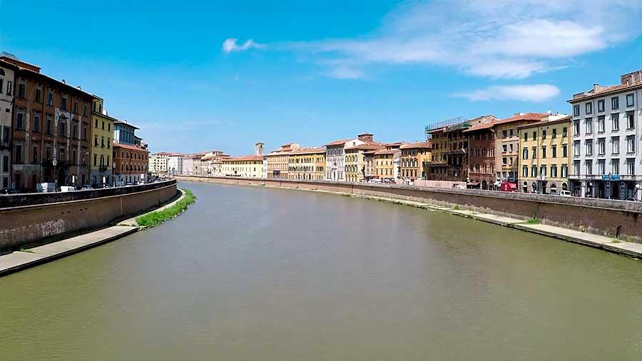 Rio Arno Pisa