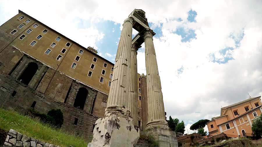 templos del foro romano