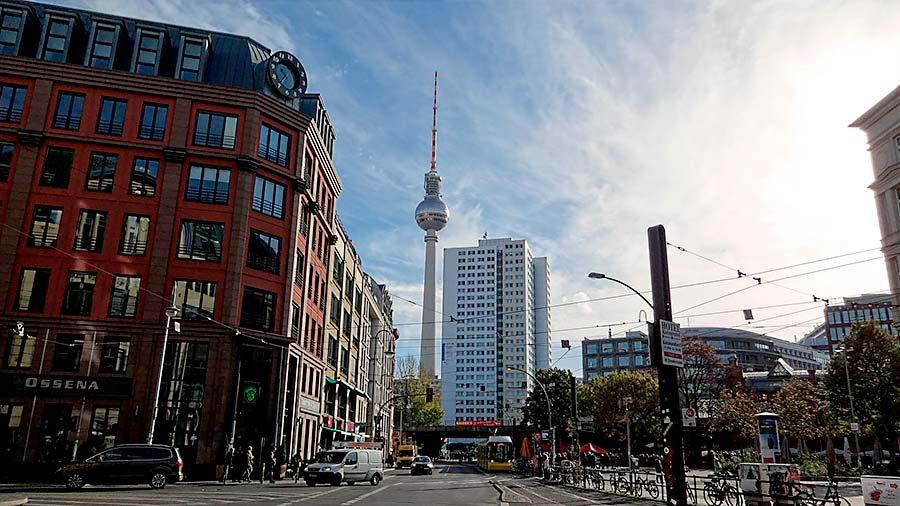 precio restaurante torre television berlin