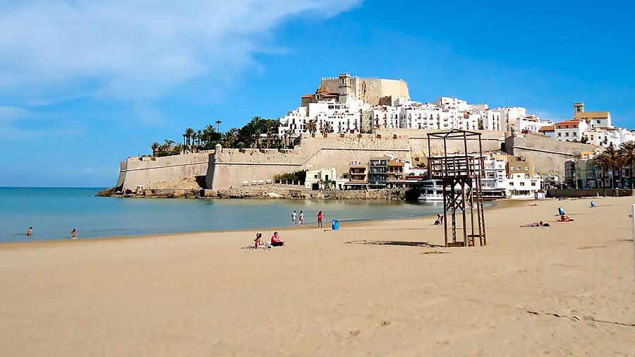 Peñíscola es uno de los pueblos más bonitos de España.