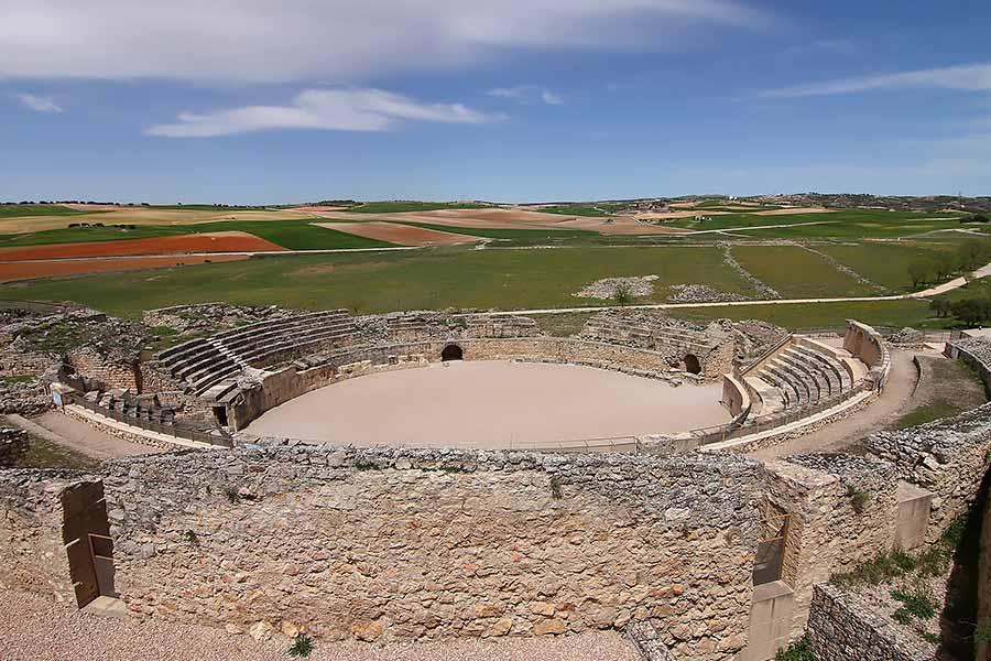 El anfiteatro romano de Segóbriga, Cuenca (España).